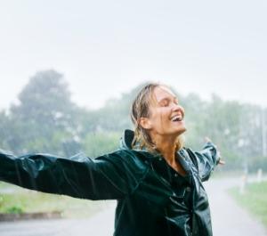 woman-in-rain4