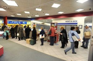 Long line at Christmastime at the U.S. Post Office at Colonie, NY