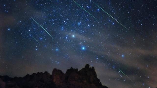 perseid-shower-13-meteor-625.si_
